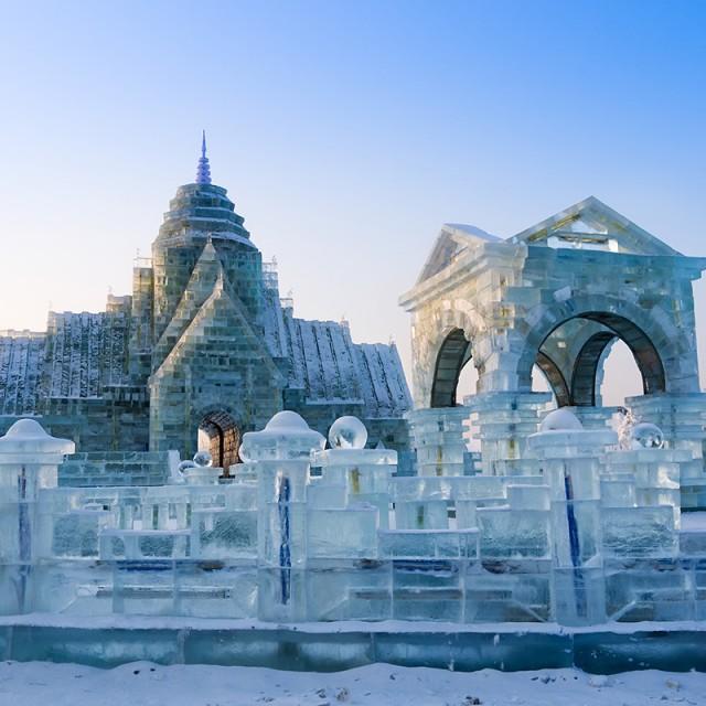 Palacio de hielo oriental durante el solsticio de invierno