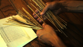 Tallos de Milenaria usados en el I Ching